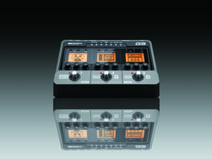 Zoom G3 Guitar Effects & Amp Simulator Pedal - Package Image