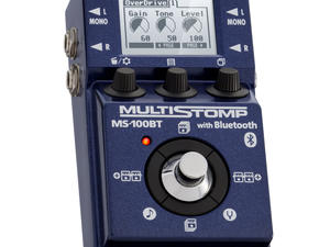 Zoom MS-100BT MultiStomp Guitar Pedal with Bluetooth - Slant Left