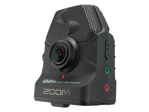 Zoom Q2n: Front View, Slant Right